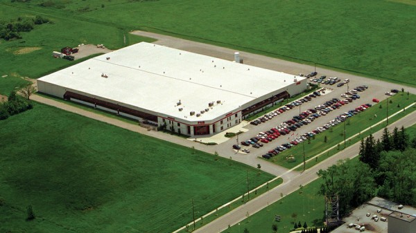 FAG opens a 143,000-sq.-ft. manufacturing plant in Stratford, Ontario. Located on 14 acres, the facility produces world-class aerospace bearings.